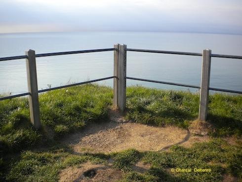 Etretat, falaises, péril de faux pas, avril 2010
