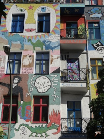 Berlin, Kreutzigzer Strasse Juillet 2015DSC03798